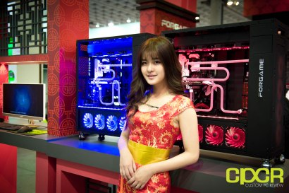 computex-2016-booth-babes-custom-pc-review-34
