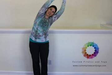 standing side bend pose