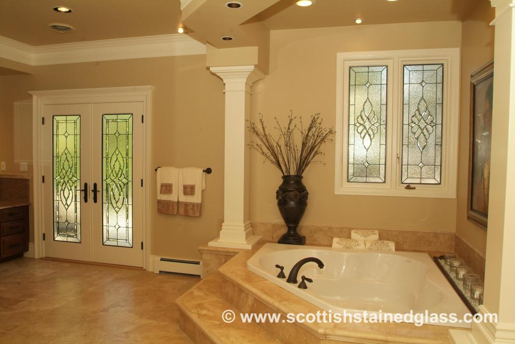 custom-stained-glass-bathrooms