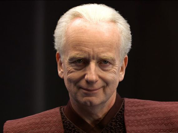 https://i0.wp.com/www.customstarwars.freeweb.hu/film/palpatine_mosoly.jpg?resize=570%2C427