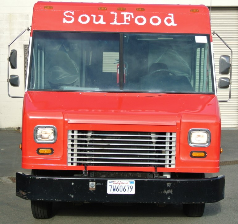 Soul Food Truck Front