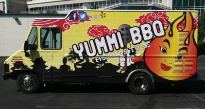 yummibbq food truck wrap4