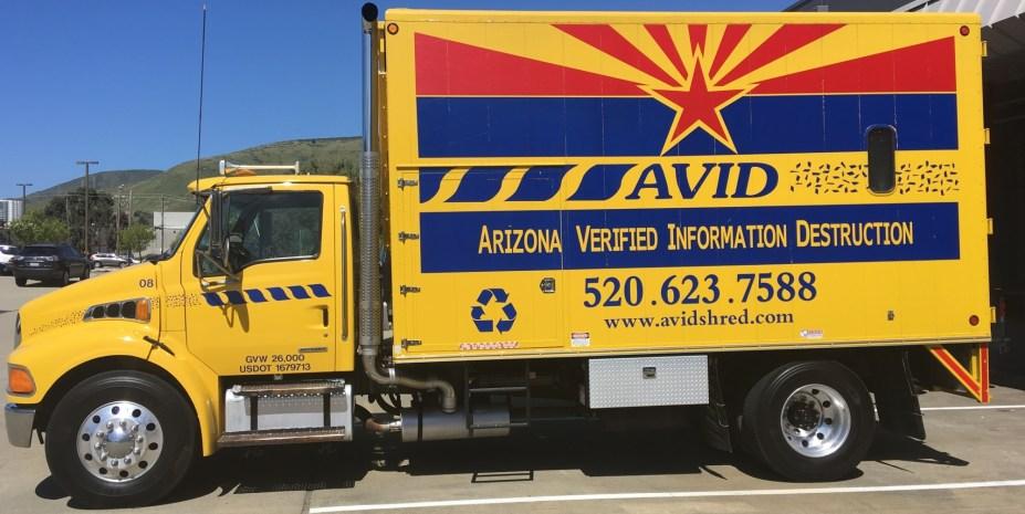 avid-truck-wrap-left