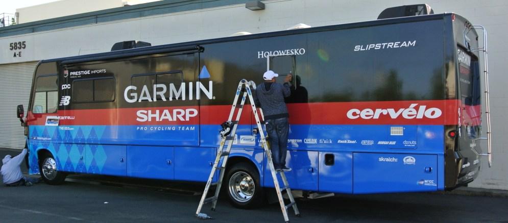sharp-bus-wrap-03