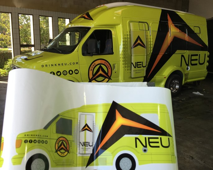 drinkneu car wrap-03