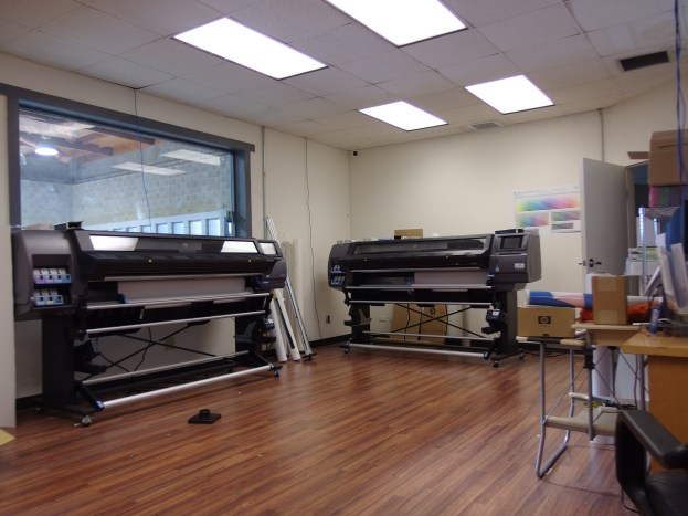 custom vehicle wraps print room