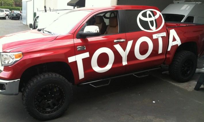toyota truck wrap-07