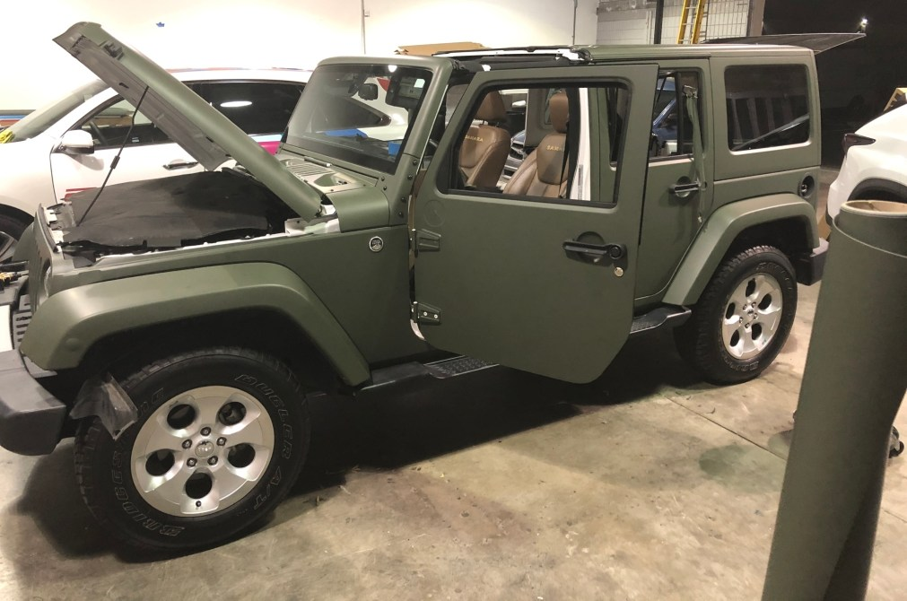 military green matte wrap jeep-09