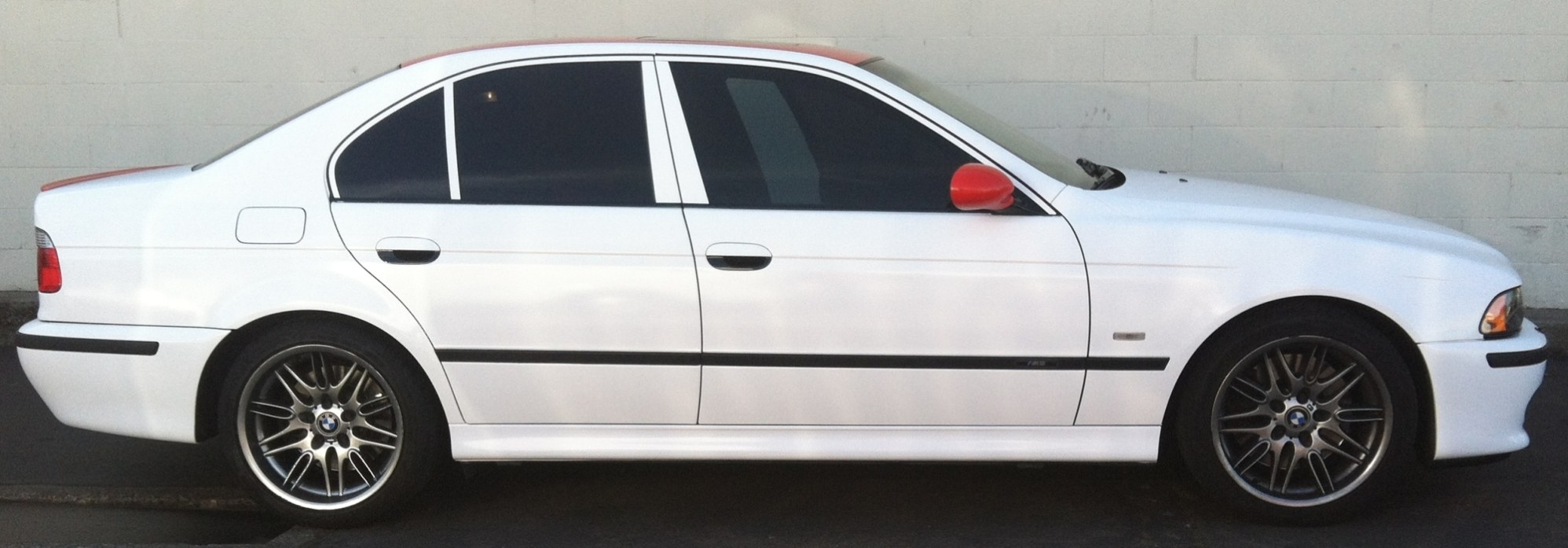 bmw white red roof color change-02