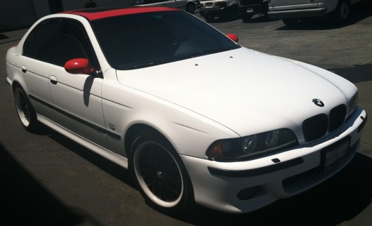 bmw white red roof color change-06