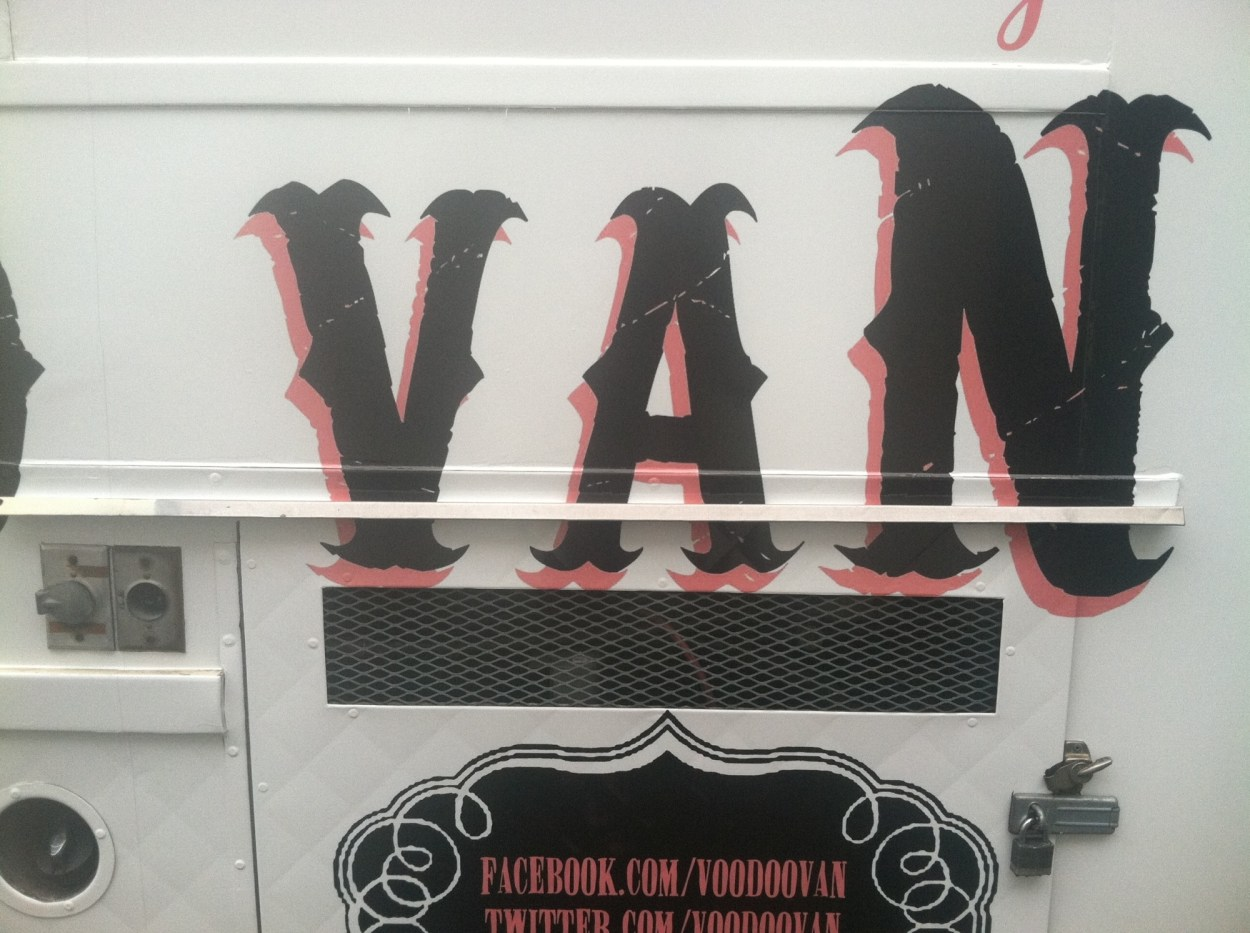 voodoo van food truck wrap-17