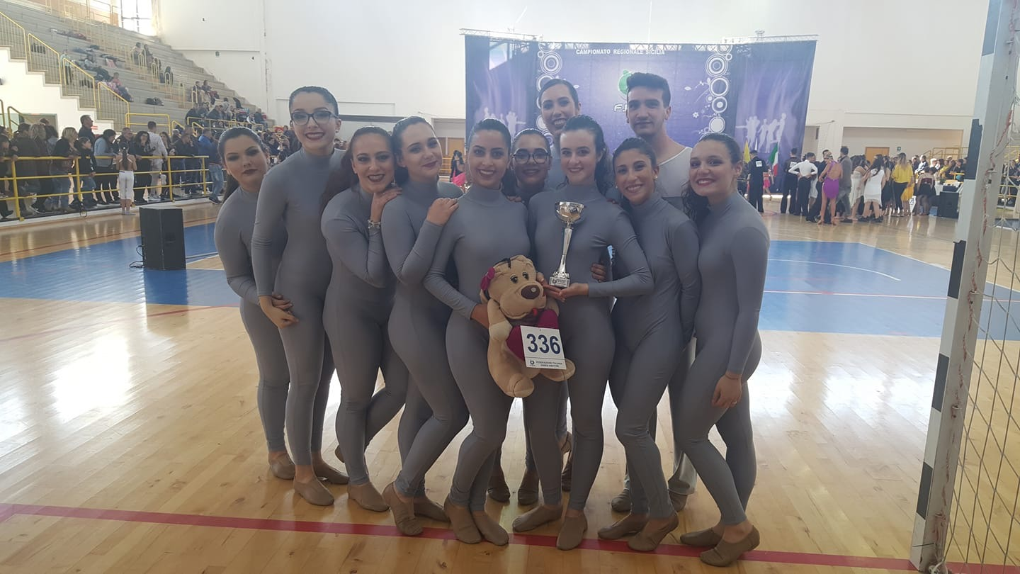 International Dance Academy, gli over16 Campioni Regionali 2019.
