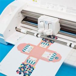 a Cameo 3 demonstrating Print & Cut