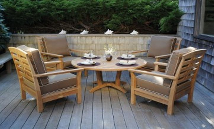 7 Beautiful Outdoor Dining Sets  Cute Furniture