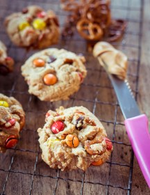 Salty M&M Peanutbutter Cookies