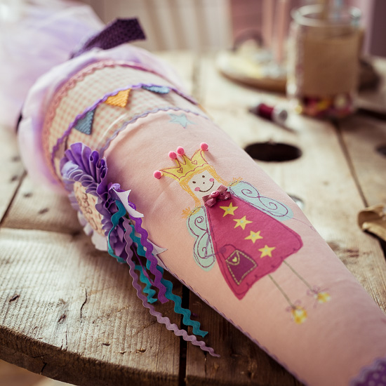 Den Prinzessinnen für die Schultüte habe ich von Tricia Guild