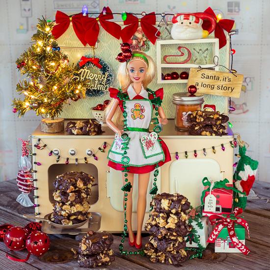 Bei meinen Weihnachts Crafternoons Backkursen backen wir die Schoko Karamell Kekse aus meinem Buch School of Baking