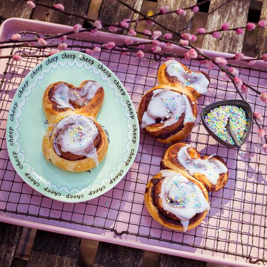 Diese Cinnamon Bunnies sind eigentlich Zimtschnecken aus School of Baking