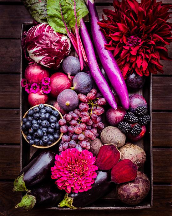 Hier habe ich mal einen kompletten pink und lila Früchte / Gemüsekorb eingekauft