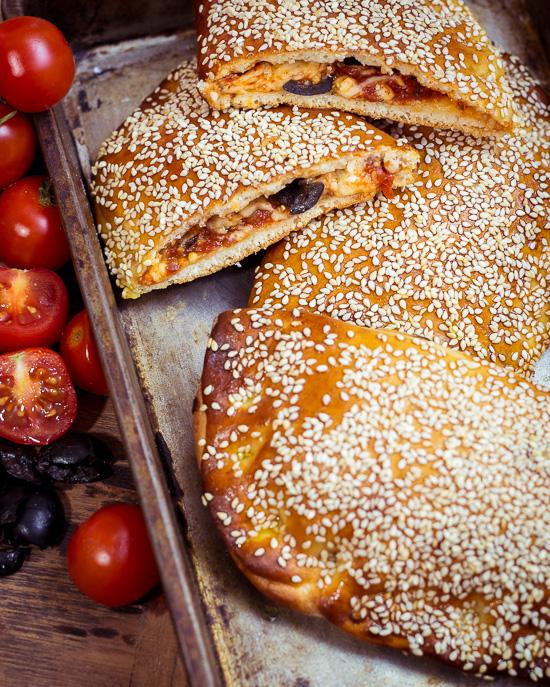 Pizzataschen sind der perfekte Snack für einen Winterspaziergang