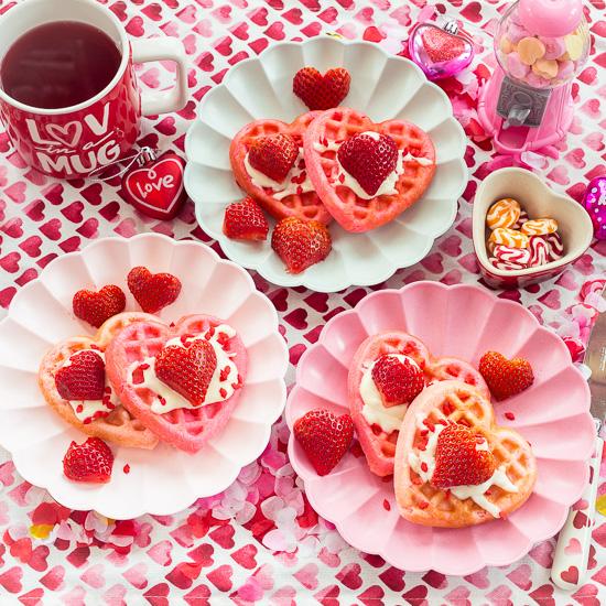 Herzchen Waffeln zum Valentinstag