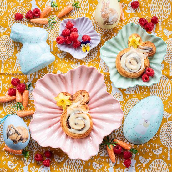 Super schnelle Cinnamon Roll Bunnies zu Ostern