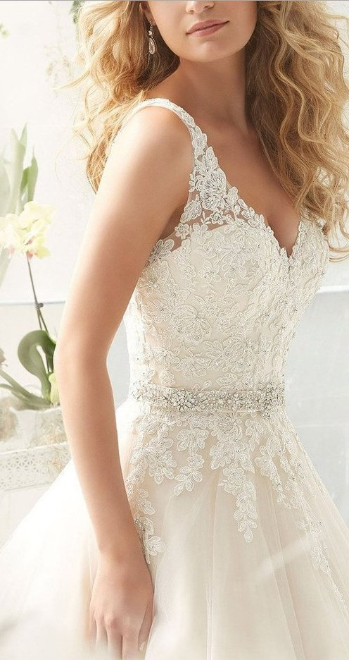 V Neck V Back Tulle A Line Lace Wedding Dresses for Bride
