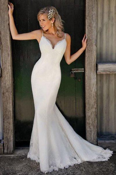 Spaghetti Straps V Neck Lace Mermaid Wedding Dress