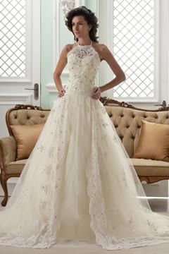 Amazing A-line High-Neck Sleeveless Floor-Length Court Appliques Wedding Dress