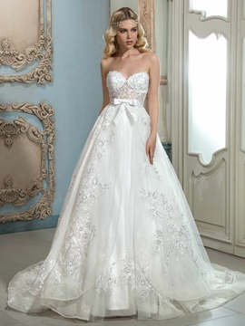 Beautiful Appliques Sweetheart A Line Wedding Dress