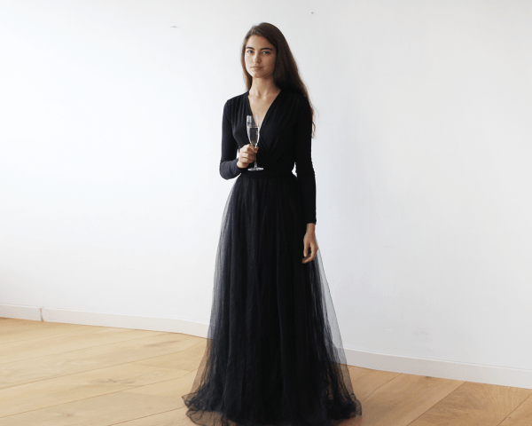 Black maxi tulle dress with long sleeves 1066