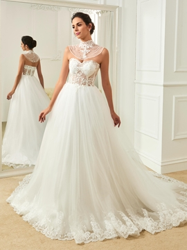 Charming Sweetheart Appliques Ball Gown Wedding Dress