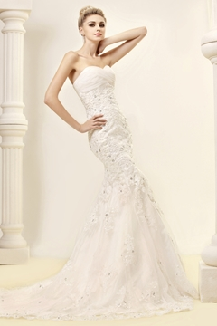 Cheap Trumpet-Mermaid Strapless Sweetheart Lace Wedding Dress