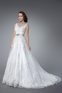 Elegant Beading&Sequins Tulle Chapel Train Jewel Neck A Line Wedding Dress