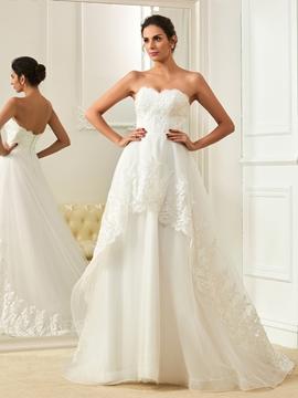 High Quality Appliques Sleeveless Sweetheart A Line Wedding Dress