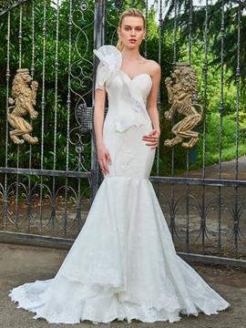 Lace Mermaid One Shoulder Court Train Wedding Dress