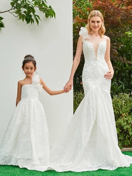 Scoop Mermaid Appliques Court Train Wedding Dress