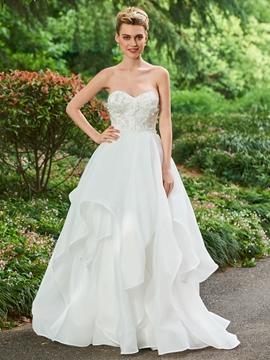 Sweetheart Appliques Ball Gown Garden Wedding Dress