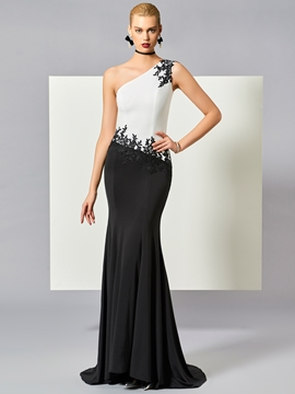 Cute Sheath One Shoulder Applique Evening Dress With Sweep Train