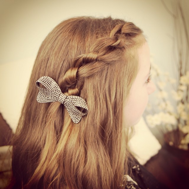 knotted pullback | easy hairstyles | cute girls hairstyles