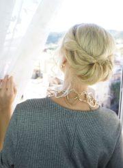 easy holiday hairstyles medium