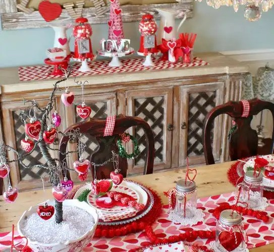 How to Style a Valentine's Day Table - Gallery Slide #10