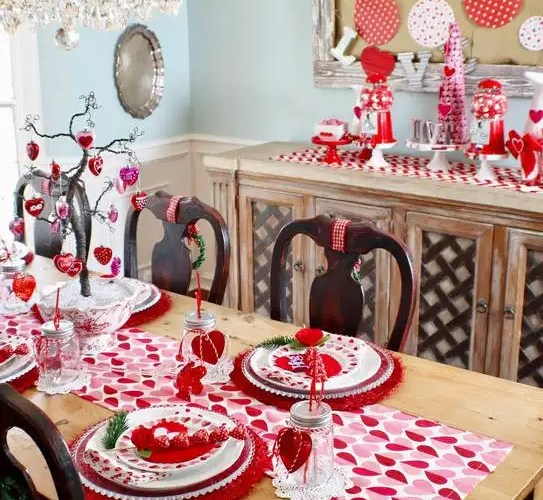 How to Style a Valentine's Day Table - Gallery Slide #1