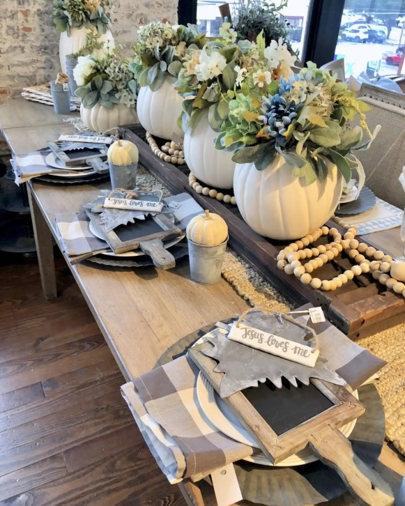 Rustic styled tablescape