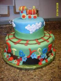 Train Baby Shower Cakes with pictures and FREE printable ...
