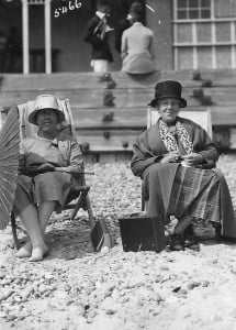 Ann Harriet Howes (Cutlock) with daughter Gertie on the beach
