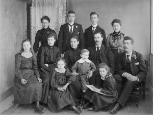Neal family 1902