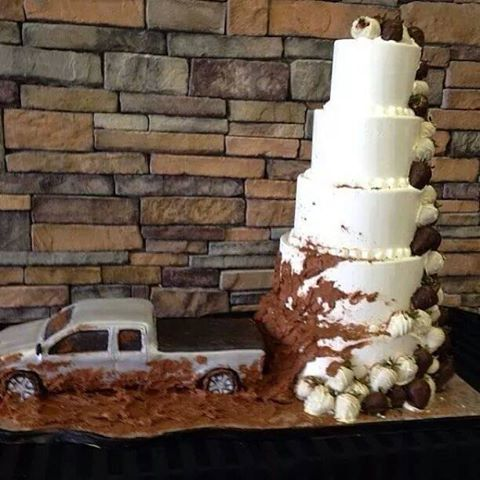 Four-Wheeling-Cake