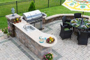 Discover how you can enjoy your outdoor kitchen during every Maryland season!