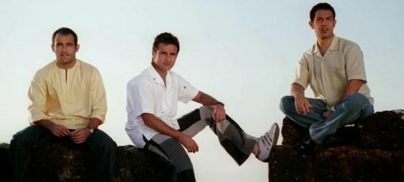 Akshaye Khanna, Saif Ali Khan and Aamir Khan in a still from Dil Chahta Hai (2001)